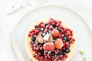 Cheesecake with fresh garden berries