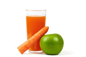 Fresh Apple, Carrots and Juice