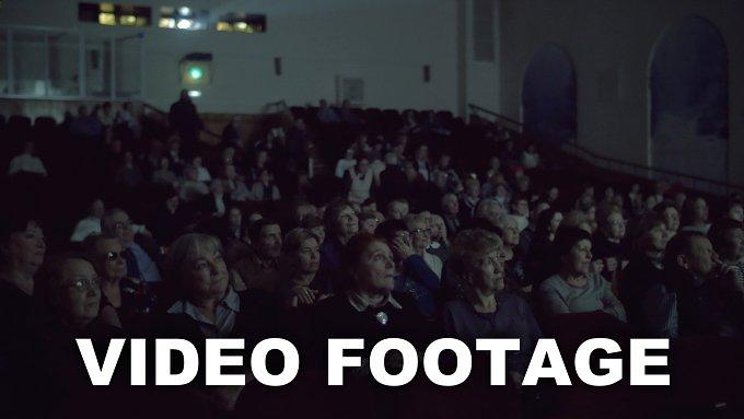 Having nice time in the cinema - People