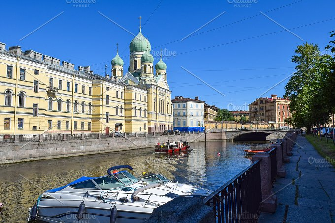Griboyedov canal in St.Petersburg - Holidays