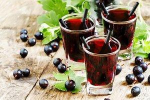 Black currant cocktail