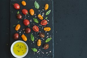 Cherry tomatoes of various color