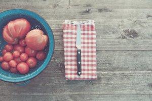 harvest fresh bio tomato
