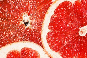 Slices of red grapefruit