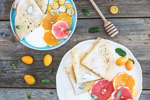 Thin crepes with fresh grapefruit