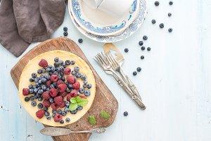 Cheesecake with fresh raspberries