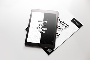 Ipad and magazine mockup #1
