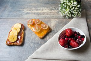 Toast with fruit and berries