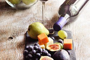 Red wine, grapes, cheese, figs