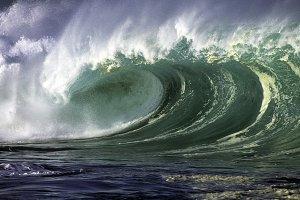 Ocean Wave in Hawaii