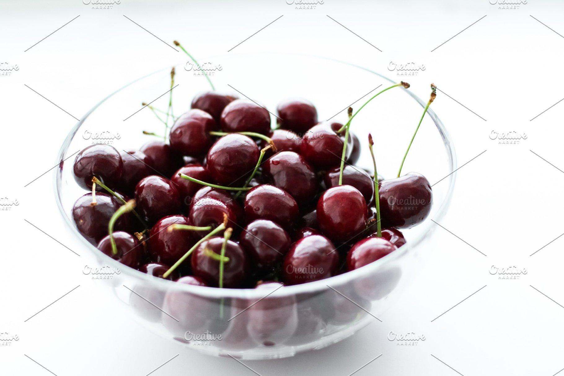 Fresh sweet cherries, juicy cherry b
