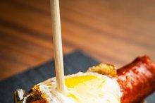 Chistorra con huevo frito