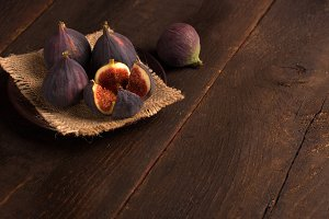 figs in rustic style