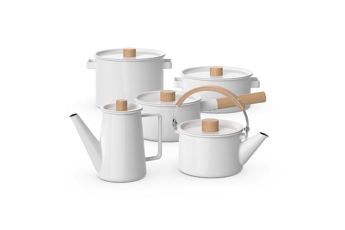 Enamel kitchenware set 3d model