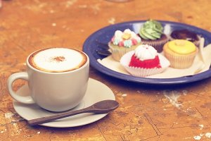 Latte and cupcakes