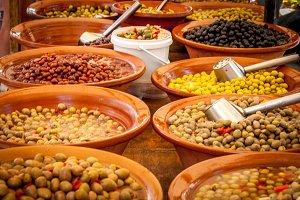 Olives / Market