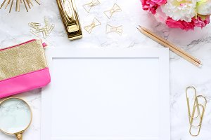 Hot Pink and Gold Desktop Scene