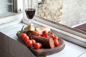 Home wine appetizer set