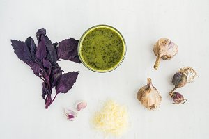 Homemade pesto sause and ingredients