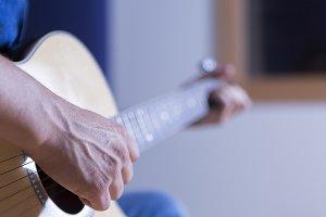 hand of a guitarist