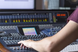 hand of a sound engineer