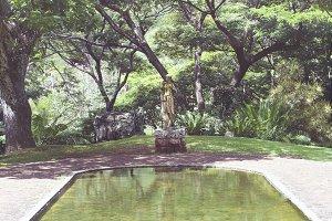 Diana Statue & Pool