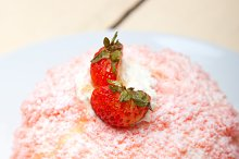 fresh strawberry and cream cake 008.jpg