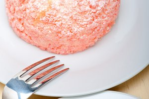 fresh strawberry and cream cake 009.jpg