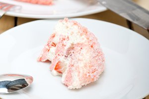 fresh strawberry and cream cake 023.jpg