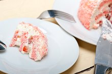 fresh strawberry and cream cake 028.jpg