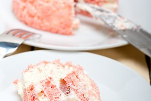 fresh strawberry and cream cake 029.jpg