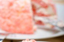 fresh strawberry and cream cake 031.jpg