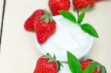 Greek organic yogurt and  strawberries 038.jpg
