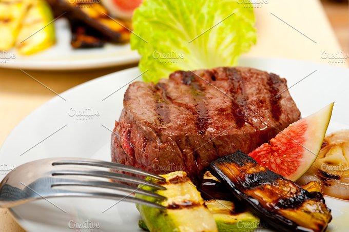grilled beef filet mignon 025.jpg - Food & Drink