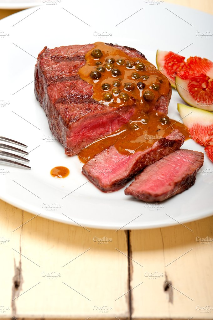 green peppercorn sauce filet mignon 001.jpg - Food & Drink