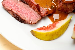 green peppercorn sauce  filet mignon 023.jpg