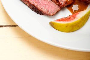 green peppercorn sauce  filet mignon 024.jpg