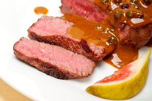 green peppercorn sauce  filet mignon 025.jpg