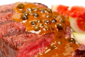 green peppercorn sauce  filet mignon 028.jpg