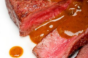 green peppercorn sauce  filet mignon 032.jpg