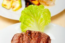 grilled beef filet mignon 001.jpg