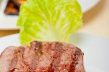 grilled beef filet mignon 004.jpg