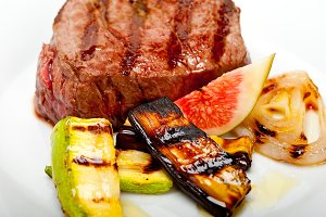grilled beef filet mignon 008.jpg
