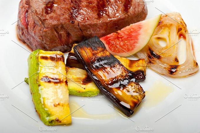 grilled beef filet mignon 010.jpg - Food & Drink