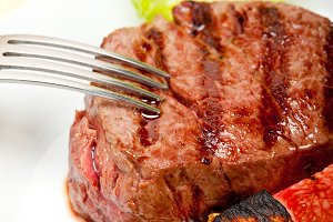 grilled beef filet mignon 014.jpg