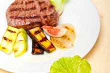 grilled beef filet mignon 013.jpg