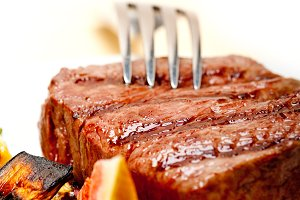 grilled beef filet mignon 019.jpg