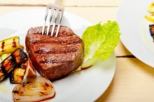 grilled beef filet mignon 022.jpg
