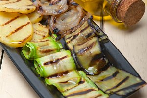 grilled vegetables 001.jpg