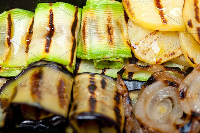 grilled vegetables 008.jpg - Food & Drink